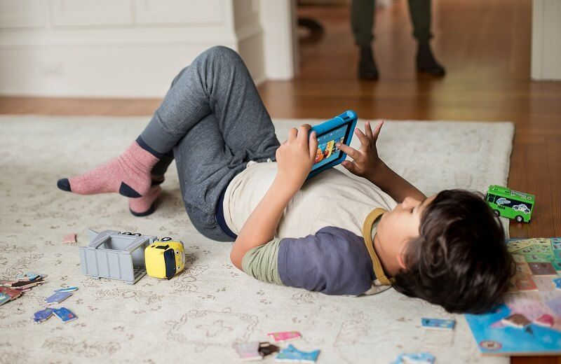 Things to consider when giving children their first SmartPhone